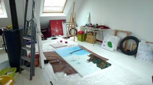 Travail du peintre contemporain à Saint-Brieuc