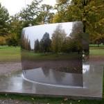 Miroir, sculpture d'Anish-Kapoor dans Hyde Park