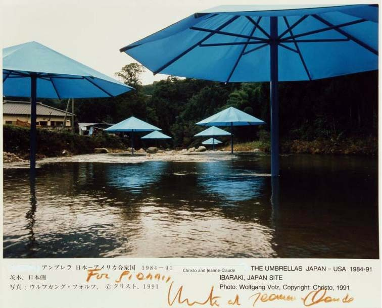 Christo, The Umbrellas, Japon-USA, Christo 1984-91